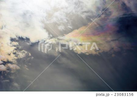 五色の彩雲 23083156