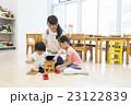 子供 遊ぶ おもちゃの写真 23122839