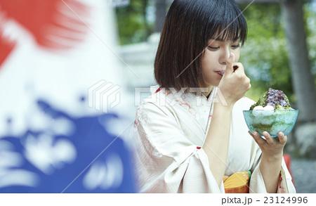 京都 女子ひとり旅 23124996