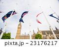 ビッグベンと国旗 23176217