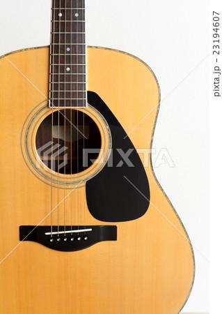 アコースティックギター (フォークギター) 23194607