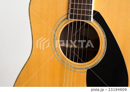 アコースティックギター (フォークギター) 23194609