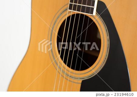 アコースティックギター, 楽器 23194610