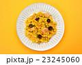 洋食屋さんの定番、ドライカレー(カレー炒飯)。 23245060
