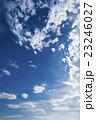 暑い夏日の青空 23246027