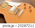 木目のエレキギター 23287211