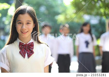 かわいい中学生女子 23353281