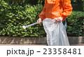 ゴミ拾い 23358481