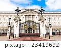 バッキンガム宮殿 正面ゲート 23419692