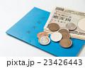 年金手帳とお金 白バック 23426443
