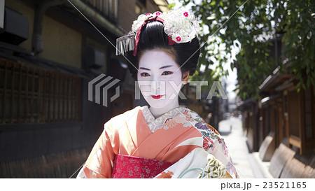 舞妓さん 京都観光イメージ 23521165