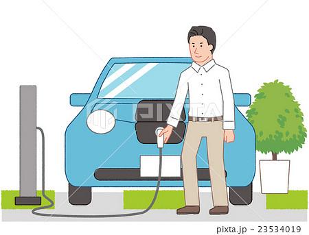 電気自動車に充電する男性 23534019