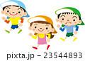 走る 子供 園児のイラスト 23544893