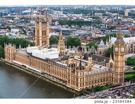 ロンドン 世界遺産 ウェストミンスター宮殿の写真素材 [23564384] - PIXTA