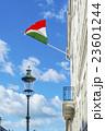 なびくイタリアの国旗 23601244