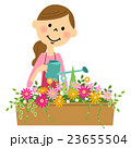 花に水やりする女性 23655504