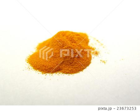 クチナシ色素 23673253