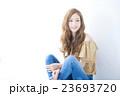 ヘアスタイル 女性 若いの写真 23693720