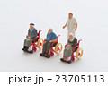 介護 シニア 車椅子の写真 23705113