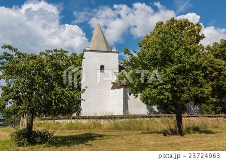 Romanesque-Gothic church in Sadok 23724963
