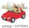 ドライブ カップル オープンカーのイラスト 23776301