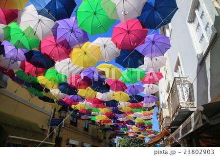ポルトガル アゲダ 傘祭り 23802903