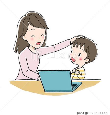 パソコンで勉強 男の子と女性 わかった 23804432