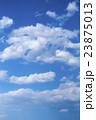 雲が重なる青空 23875013