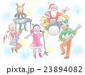 クリスマス衣装を着て歌うボーカル女性と演奏するバンドメンバーたち 23894082