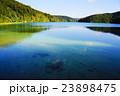プリトヴィツェ湖群国立公園 世界自然遺産 湖の写真 23898475