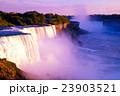ナイアガラの滝 23903521