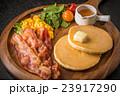 パンケーキの食事  Breakfast of the pancake 23917290