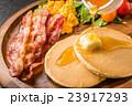 パンケーキの食事  typical pancake 23917293