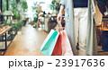 商業施設                        撮影協力:TENOHA DAIKANYAMA 23917636