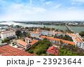 ベトナムのフエの町並み(新市街と旧市街) 23923644