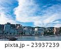 【静岡県】熱海・ホテル街とサンビーチの夕暮れ 23937239