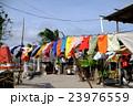 海辺の村の洗濯物 23976559