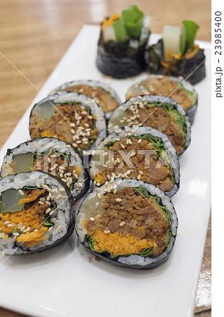 Korean spicy pork rice rolls (Gimbap) 23985400