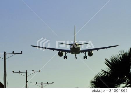 飛行機 24004365