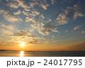 夕方 夕日 風景の写真 24017795