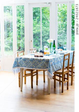 食卓の写真素材 [24021873] - PIXTA
