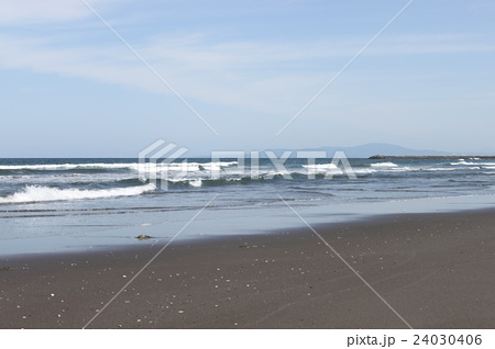 淋代海岸の写真素材 [24030406] ...