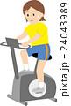 エアロバイク 運動 女性のイラスト 24043989