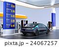電気自動車用急速充電機が備えるサービスステーションに充電している自動運転車のイメージ 24067257