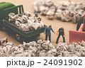 ゴミ収集業者 ミニチュア人形 24091902