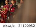 ポートレート 女性 3人の写真 24100932