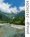 河童橋から望む穂高連峰 24104204