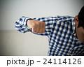 DVイメージ 若い男性 24114126