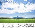 斜里岳 山 麦畑の写真 24147858