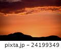 内陸部の夕焼け(北海道手稲山のシルエット) 24199349